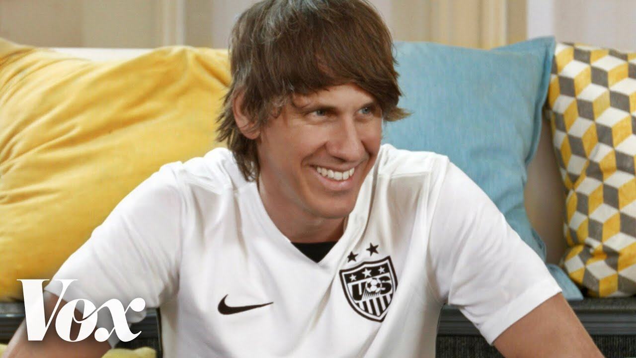 Foursquare co-founder Dennis Crowley talks about risk and failure on the Vox documentary series Courageous Leaders.