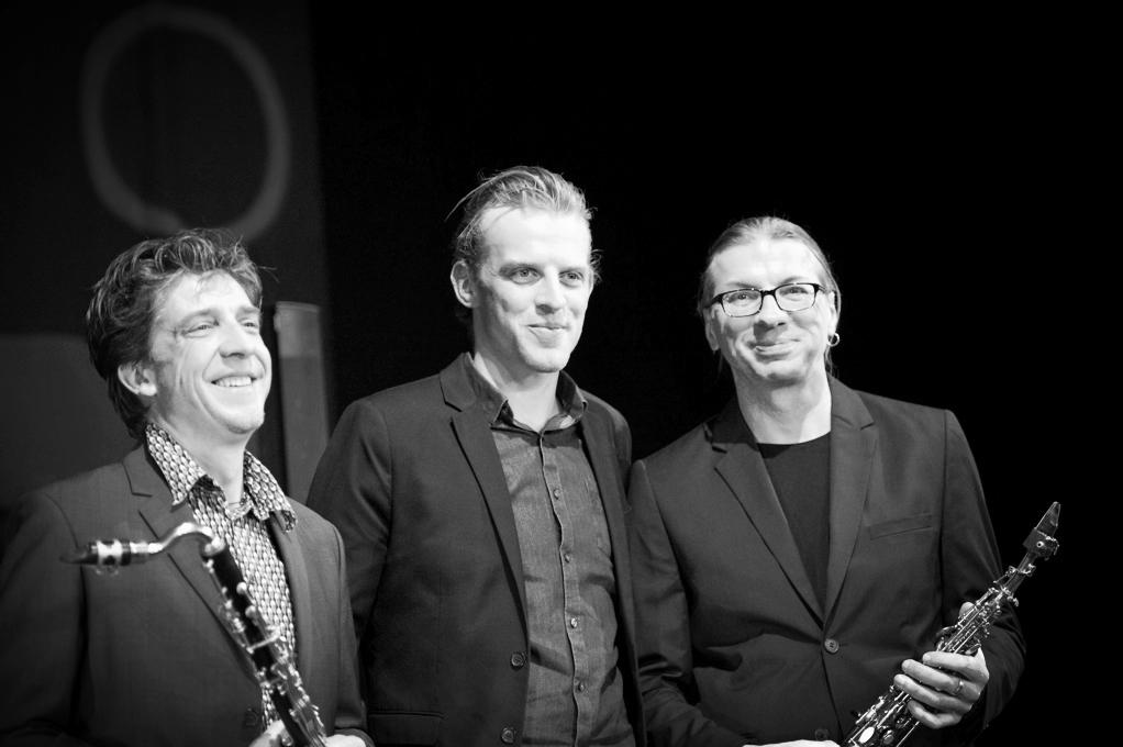Falk Breitkreuz -Bassklarinette,Sander De Winne - Gesang,Volker Schlot -Sopransaxophon