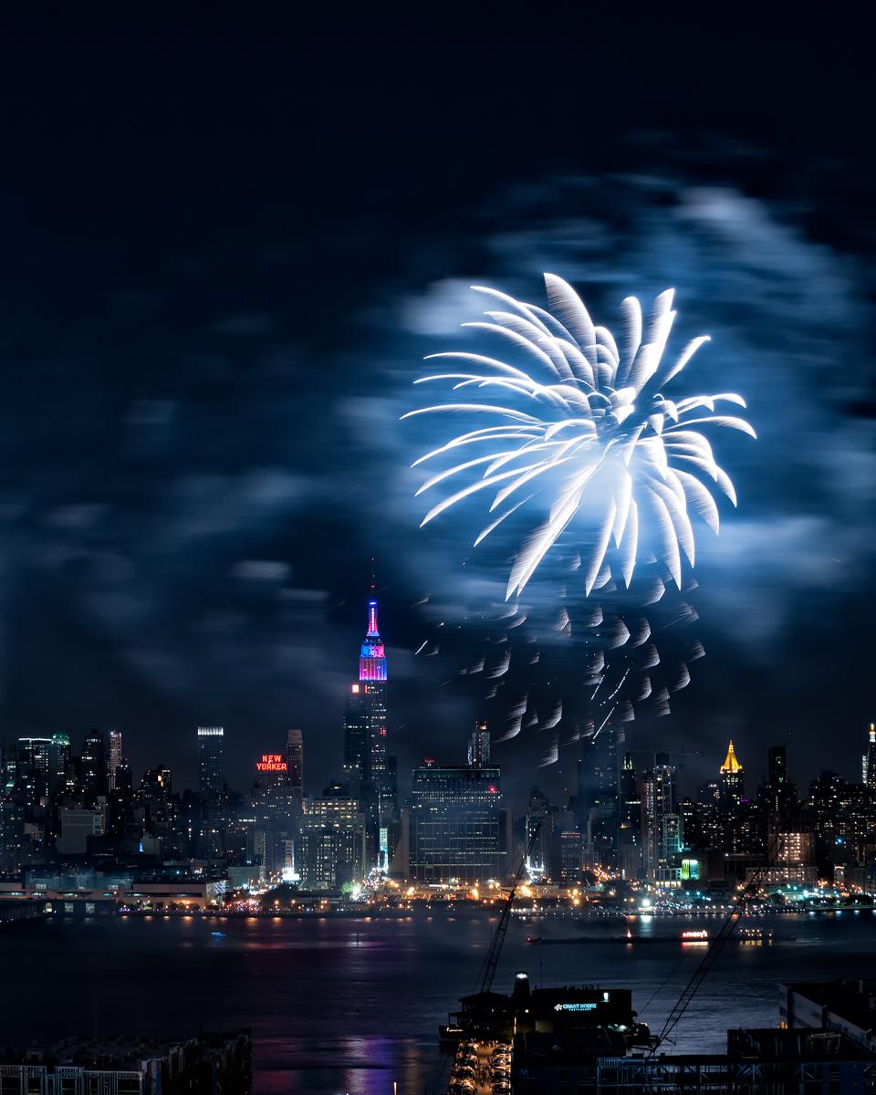 Fireworks_2013-14.jpg