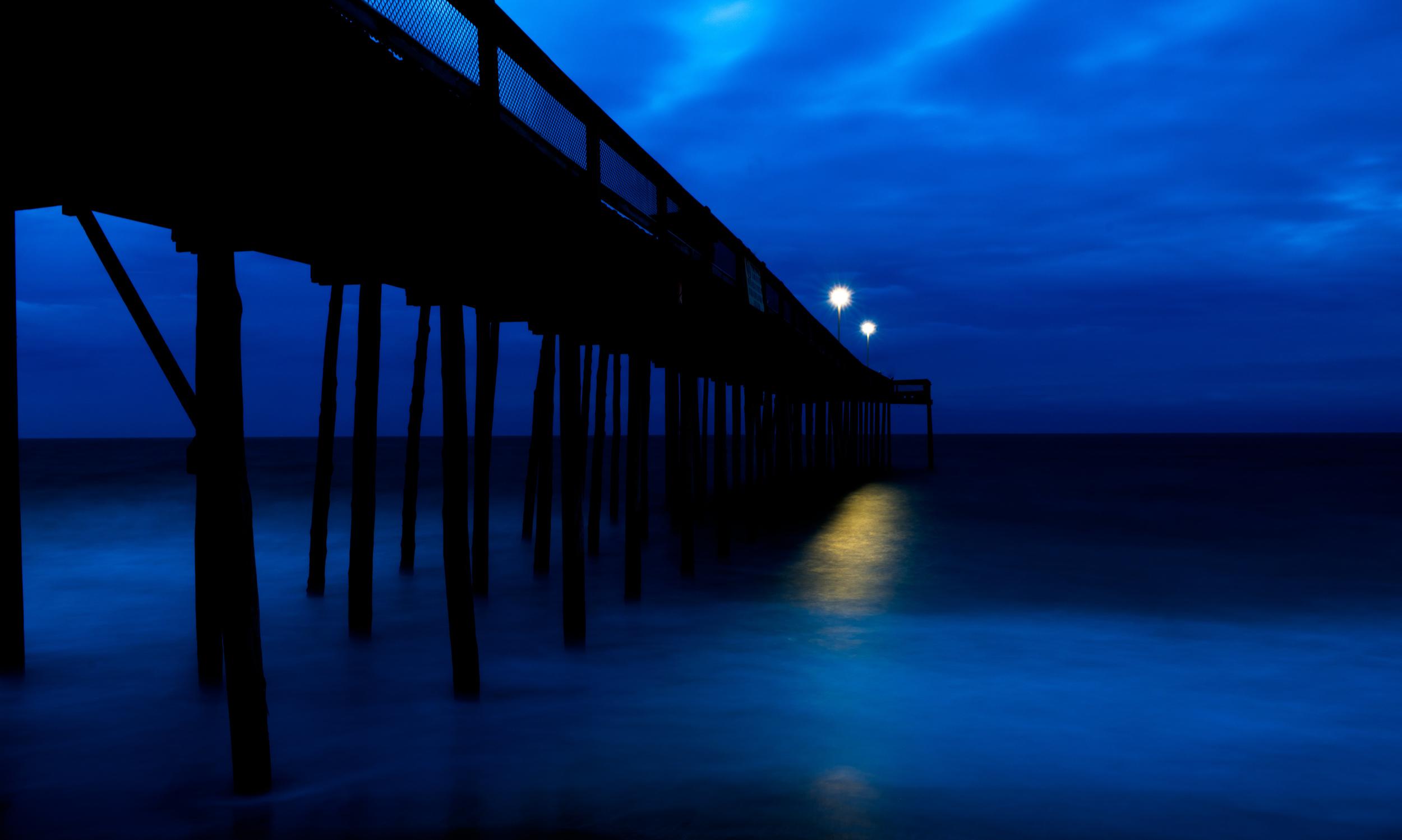 Blue morning at the Warf