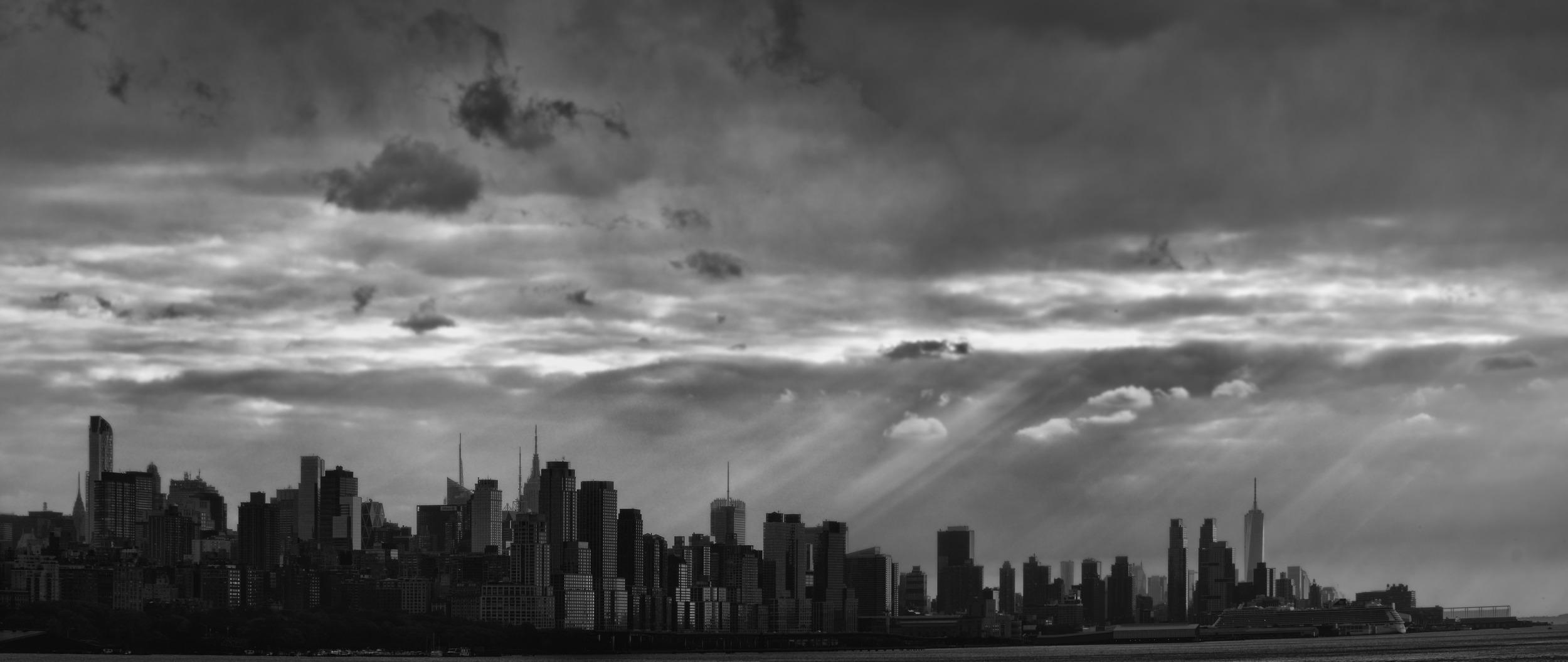 NYC Black and White Skyline.jpg