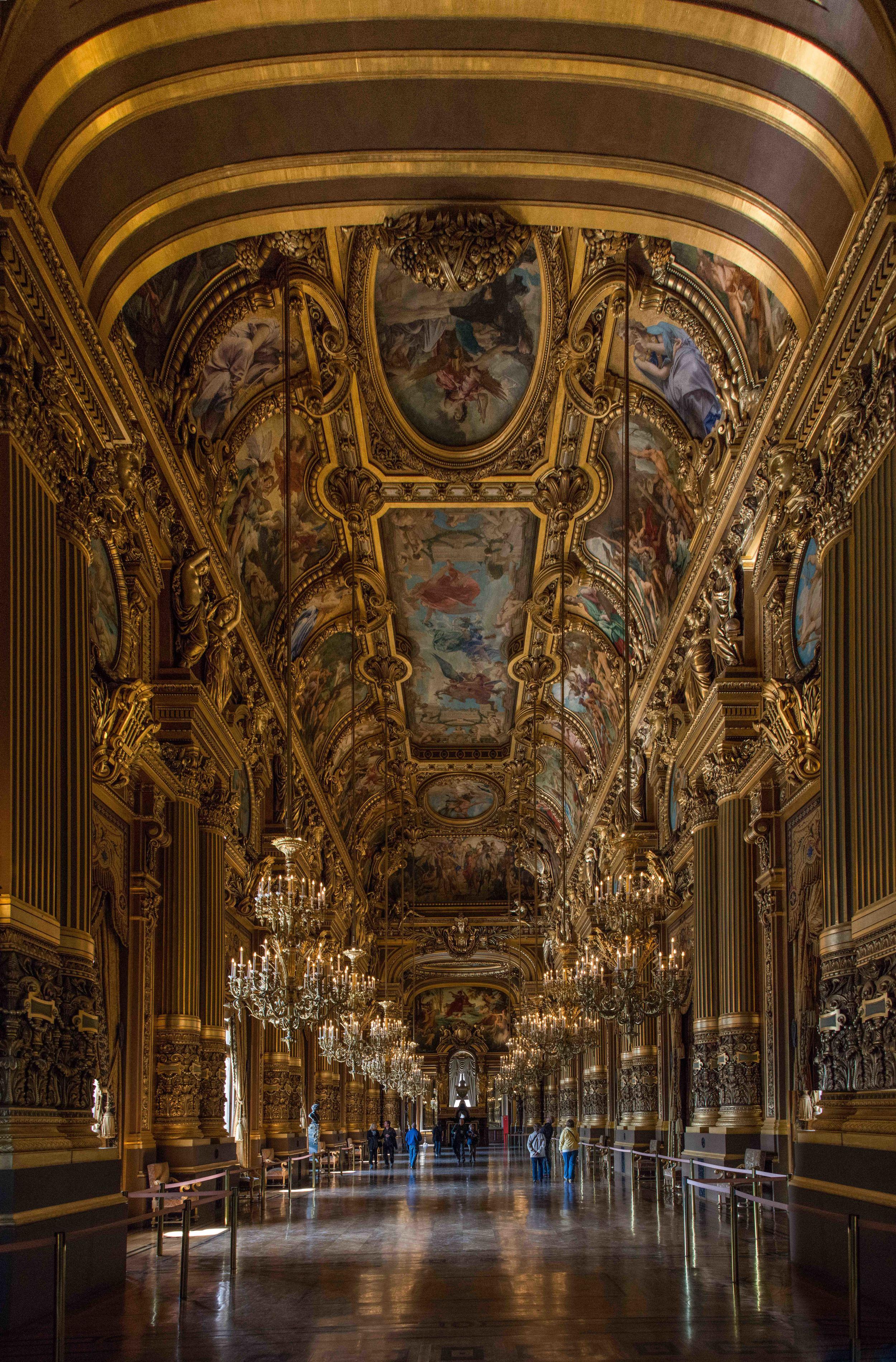 Le Grand Foyer (1 of 1).jpg