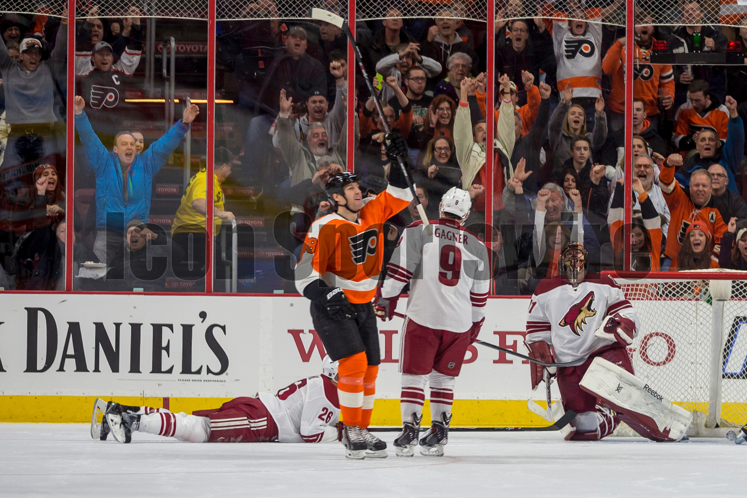 27 Jan 2015: Philadelphia Flyers left wing R.J. Umberger (18) celebrates his goal during the NHL game between the Arizona Coyotes and the Philadelphia Flyers played at the Wells Fargo Center in Philadelphia, PA