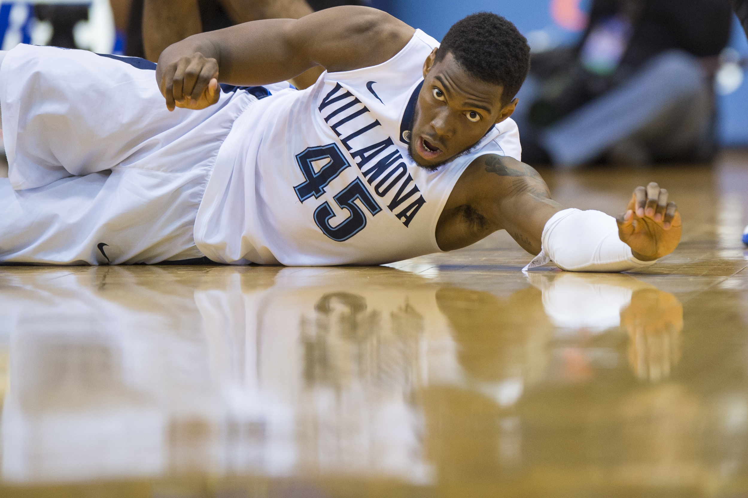 22 December 2015: Villanova Wildcats forward Darryl Reynolds (45) slides across the floor during the NCAA basketball game between the Delaware Blue Hens and the Villanova Wildcats played at the Pavillion in Villanova, PA. (Photo by Gavin Baker/Icon Sportswire)