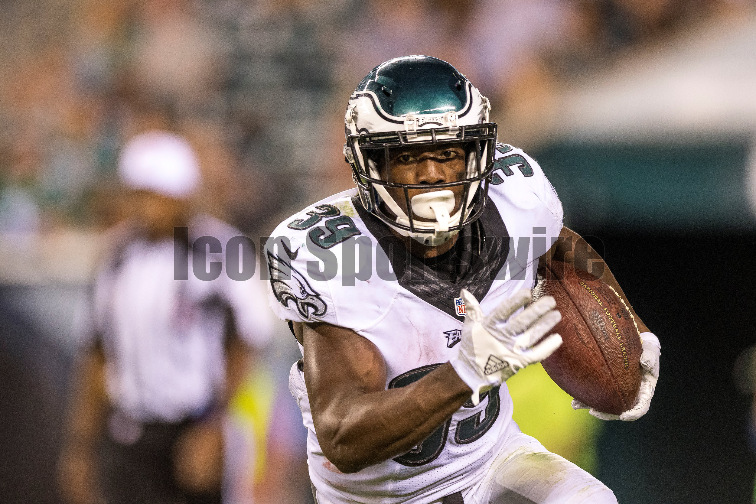 01 September 2016: Philadelphia Eagles wide receiver Byron Marshall (39) charges up the field during the Preseason National Football League game between the New York Jets and the Philadelphia Eagles played at Lincoln Financial Field in Philadelphia, PA. (Photo by Gavin Baker/Icon Sportswire)