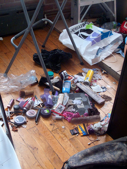 IMG_4082_AA_The-contents-of-the-bag_The-horror-My-fear_Flat_lowres.jpg