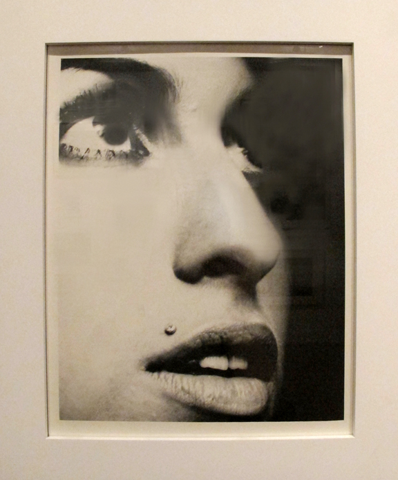 Phil Knott.     Amy Winehouse 11x14 inches archival silver gelatin print