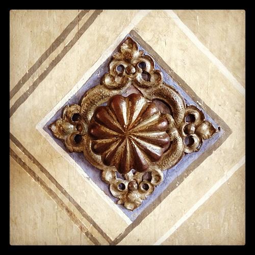 Doorknob in the fresco hall
