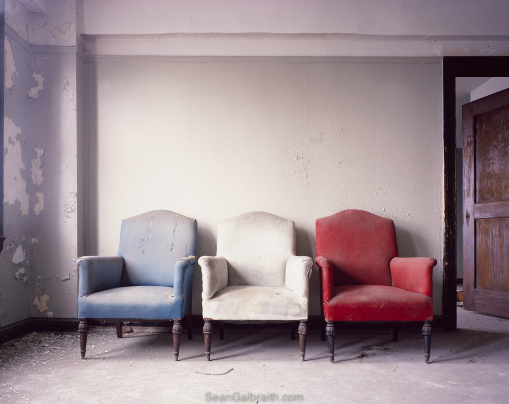Sean_Galbraith_Photograhy_American_Hotel-Chairs.jpg