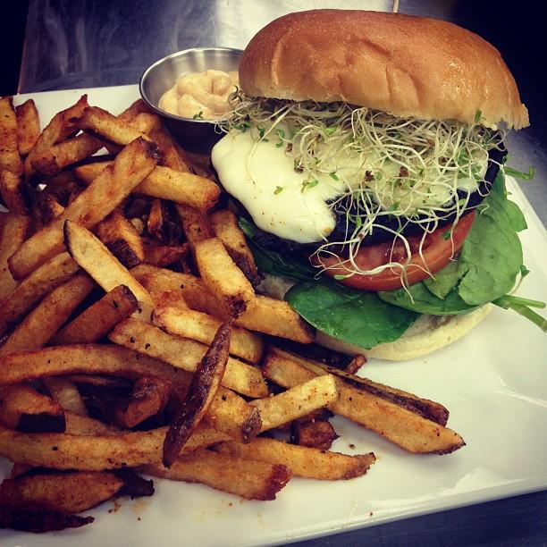 standard burger.jpg