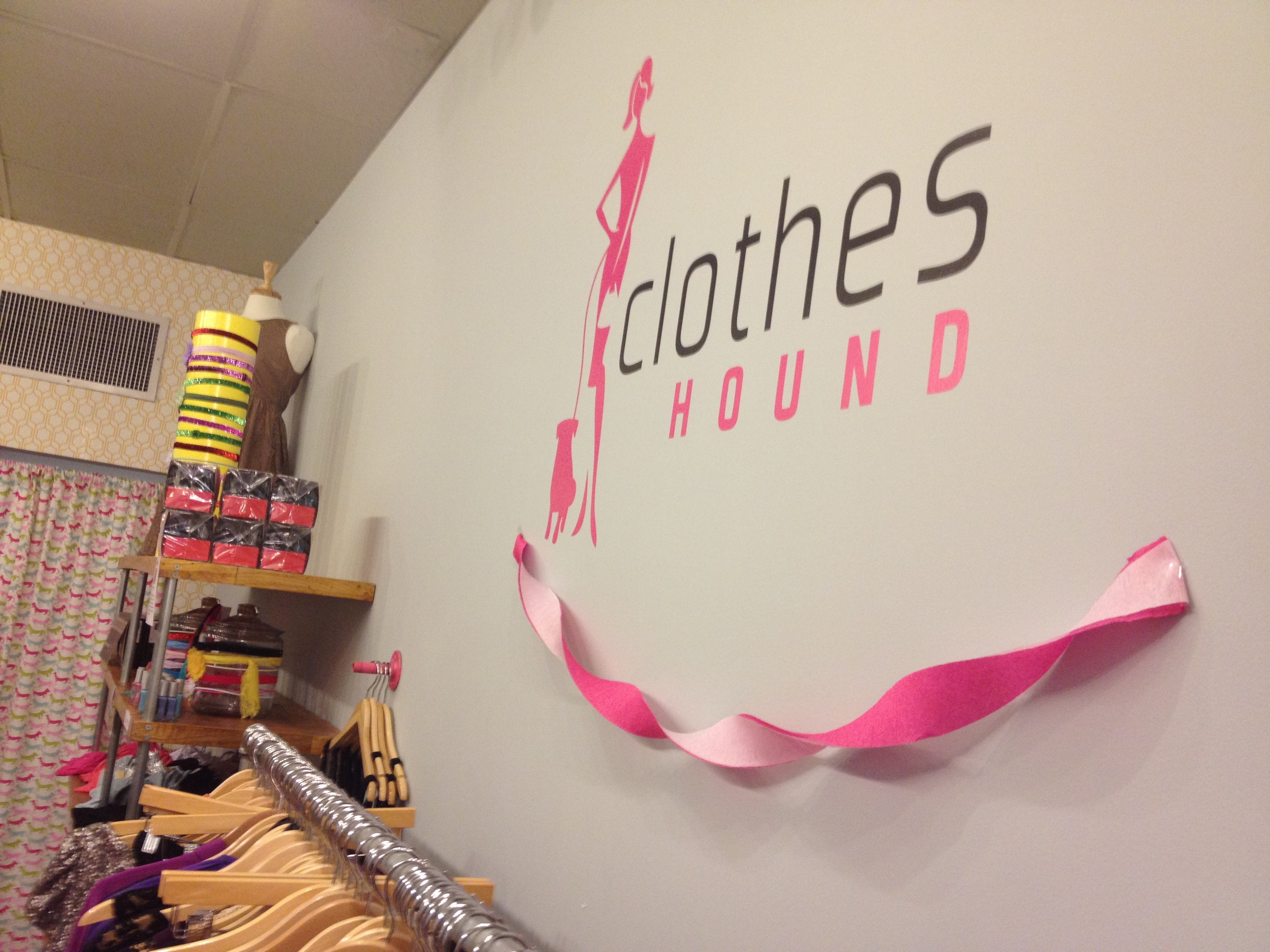 Clothes Hound Opens on E Franklin Street