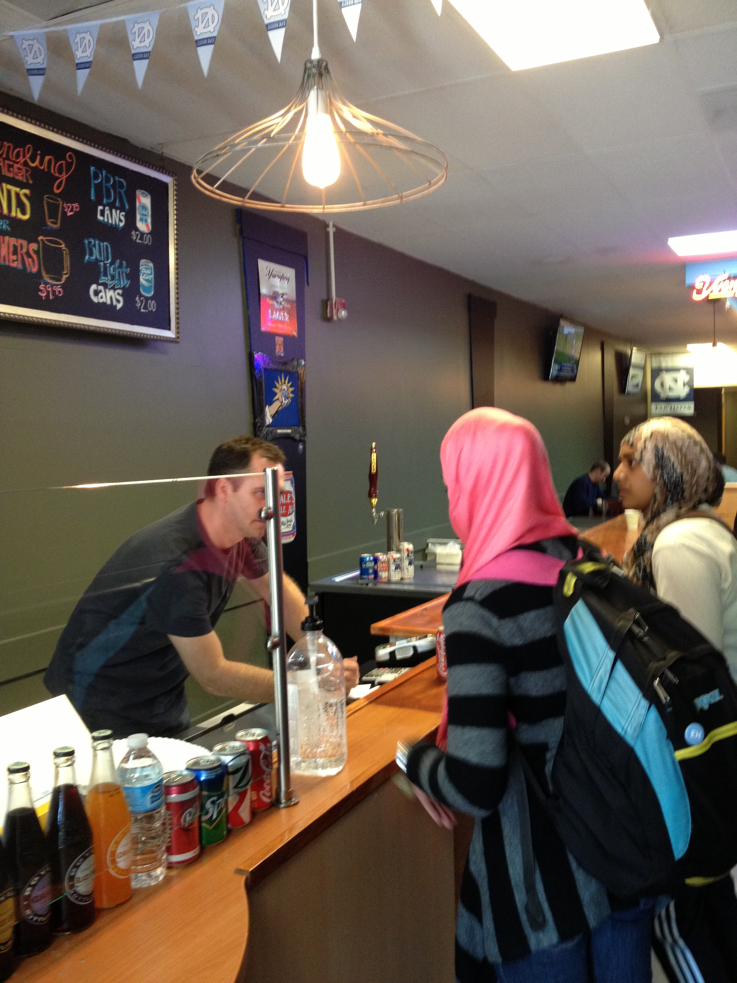 Hotdogs & Brew opens on E Franklin St