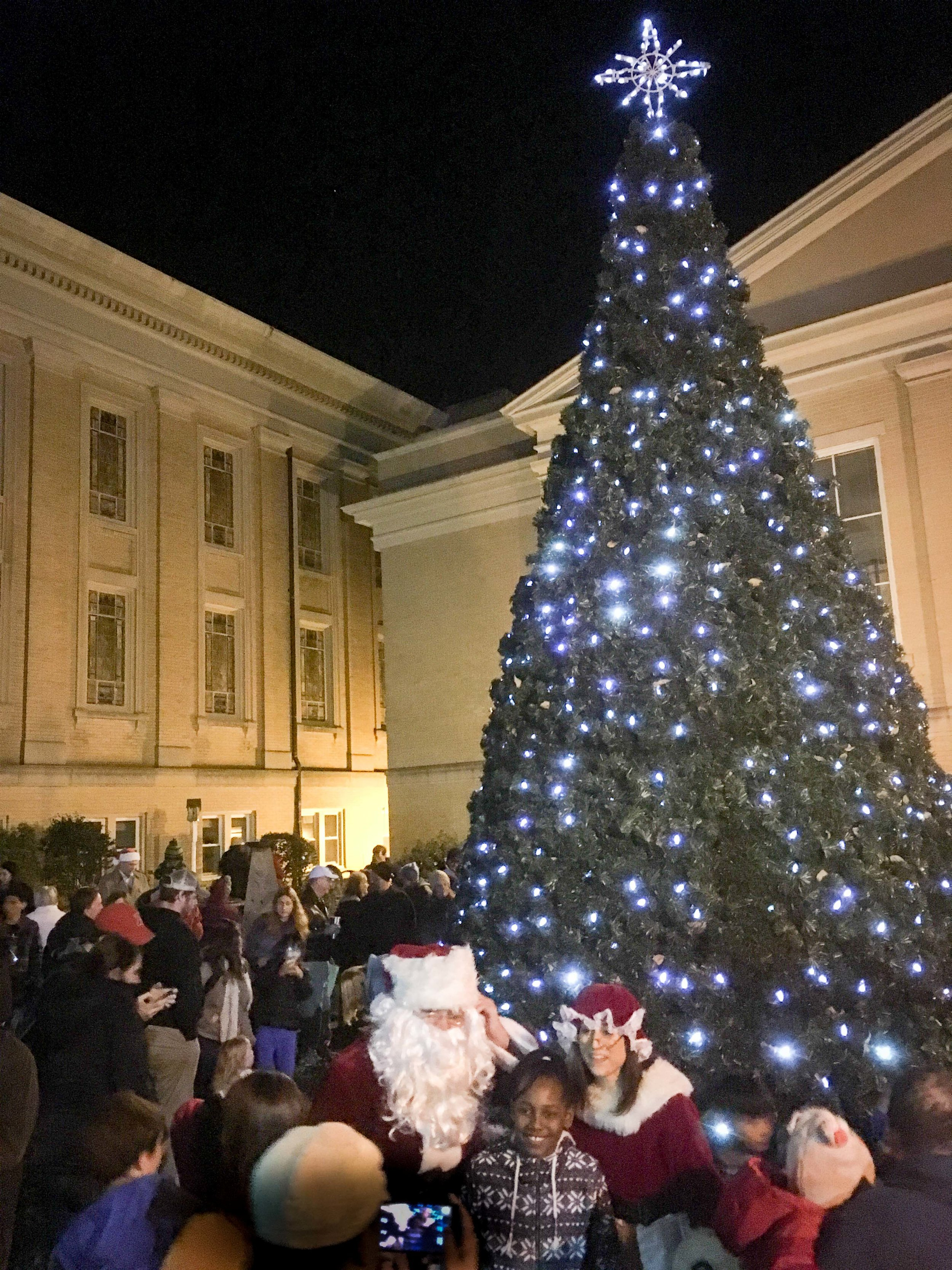 Holiday Tree Lighting 2016 -5.jpg