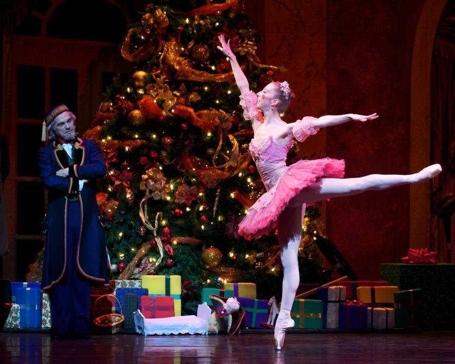 Nutcracker Carolina Ballet Image 01 - credit CWP.jpg