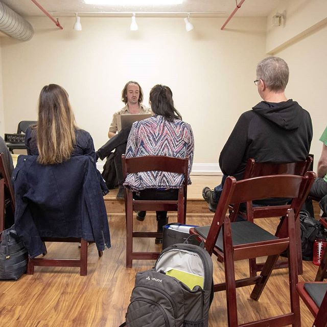 If you want to join the fun @pitchapelhill then take a class! New classes start all the time in topics like improv and sketch writing! See their website for more info!