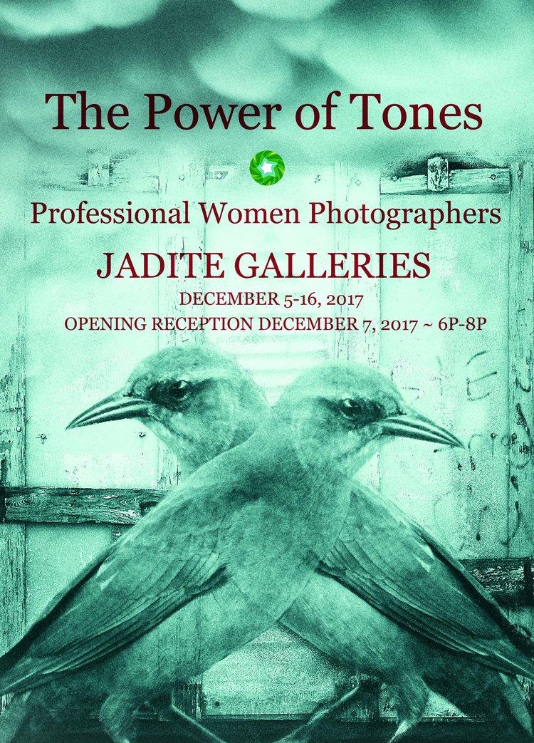 professional_women_photographers_front.jpg