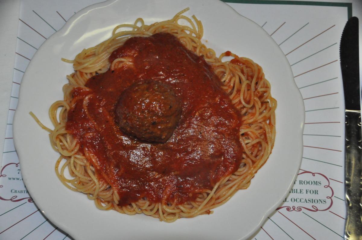 Regular Size Spaghetti with Meatball
