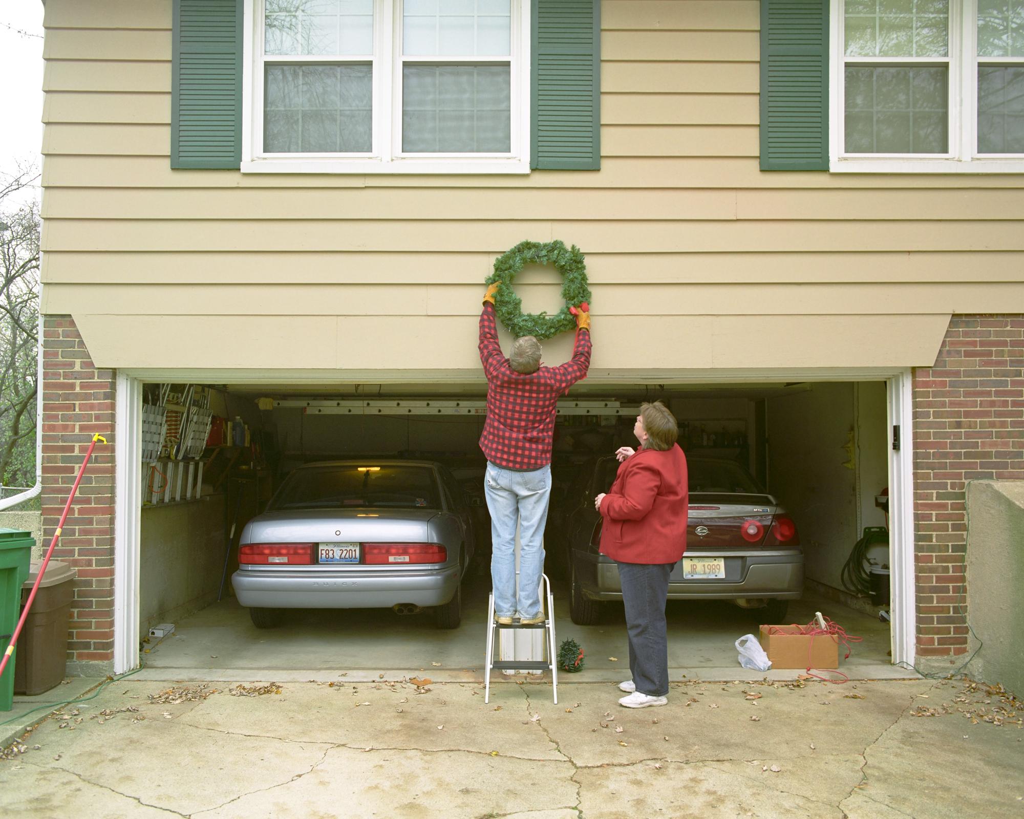 Neil & Judy. Christmas Wreath.