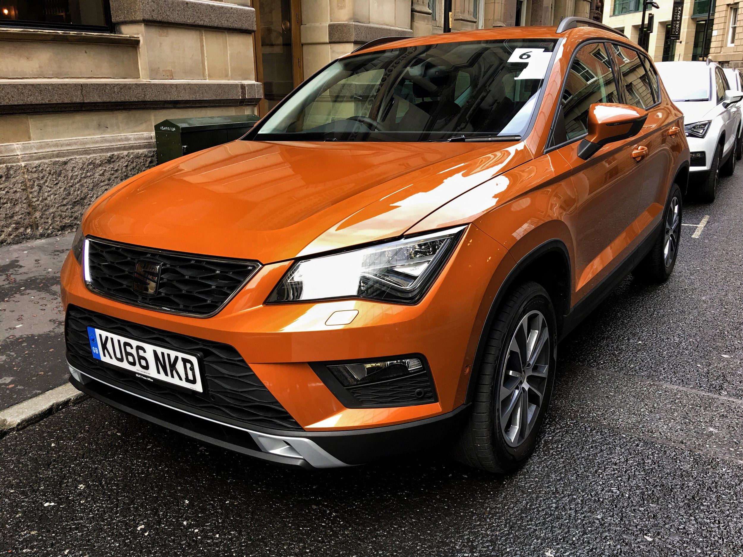 The smart SEAT Ateca in it's best colour