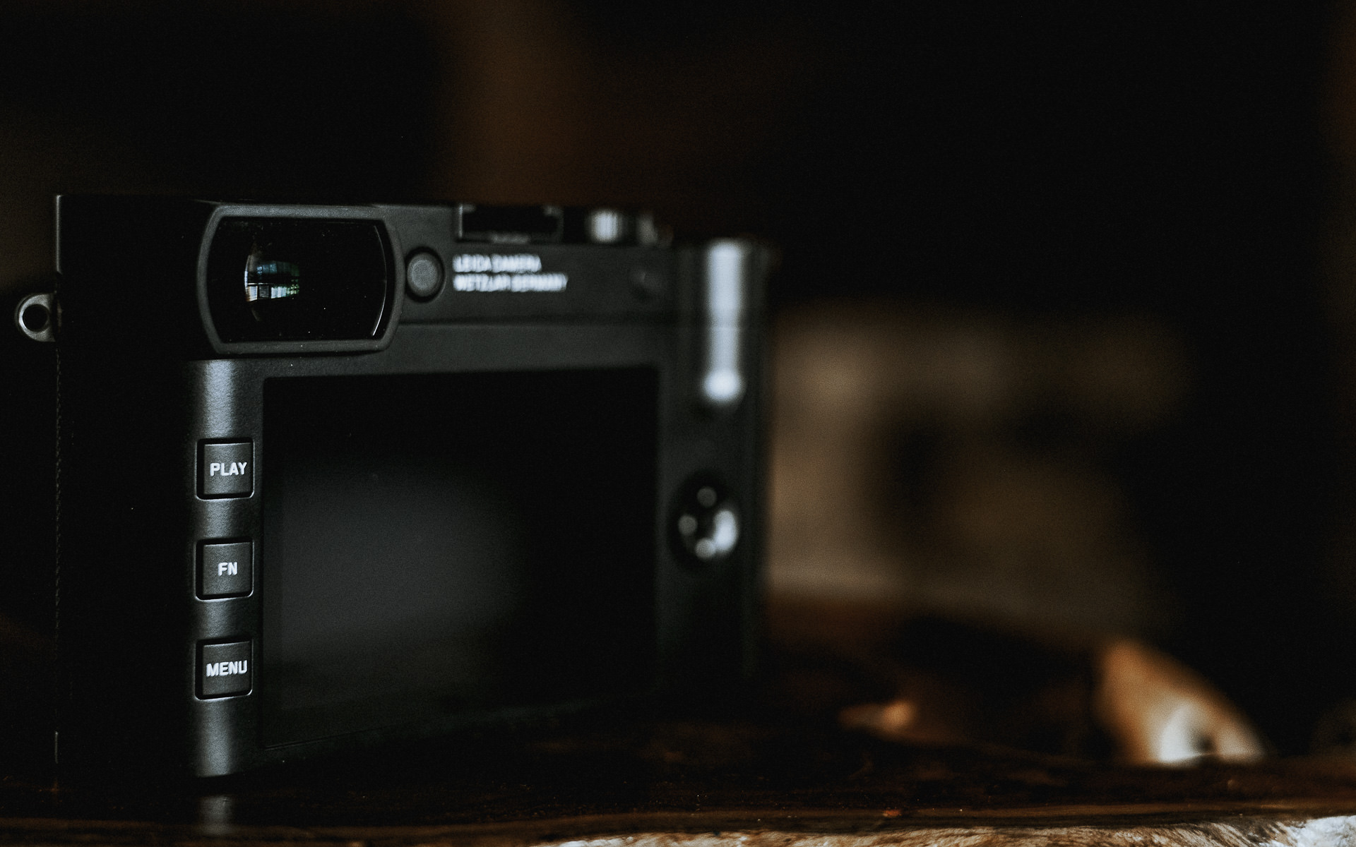 Leica Q2