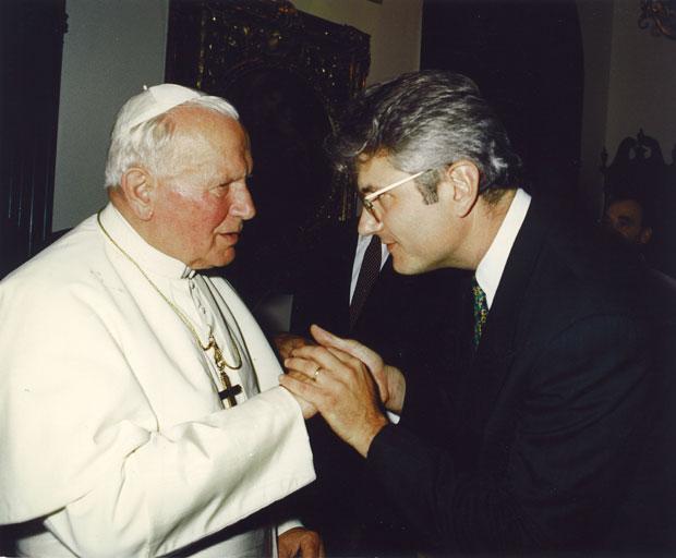 John-Paul-II-AJS-in-Private-Audience-with-John-Paul-II.jpg