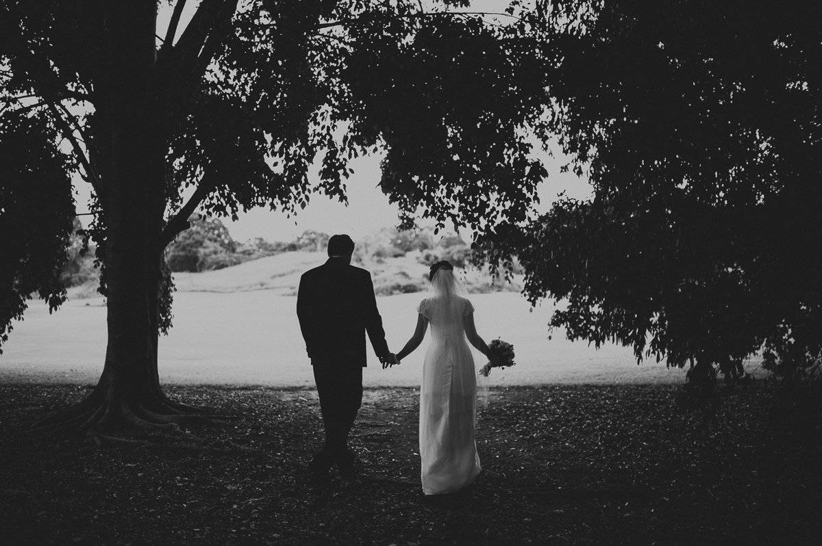 wedding b+w forest