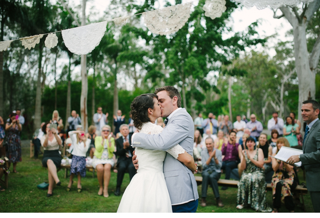 MORGANROBERTS_HOLLYANDKEMPY_NOOSA_WEDDING_blog 100.jpg