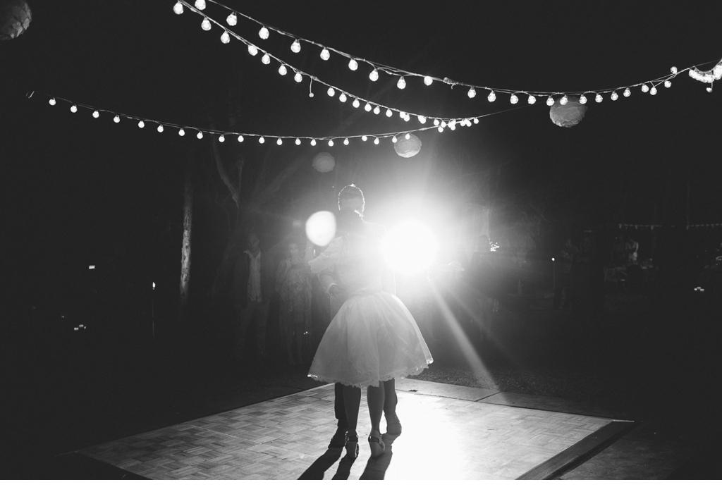 MORGANROBERTS_HOLLYANDKEMPY_NOOSA_WEDDING_blog 142.jpg