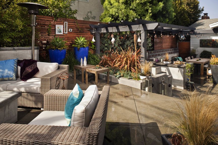 Utilizing the entire space of the backyard and taking advantage of the elevation changes created a seemingly larger space with multiple outdoor rooms at varying elevation.