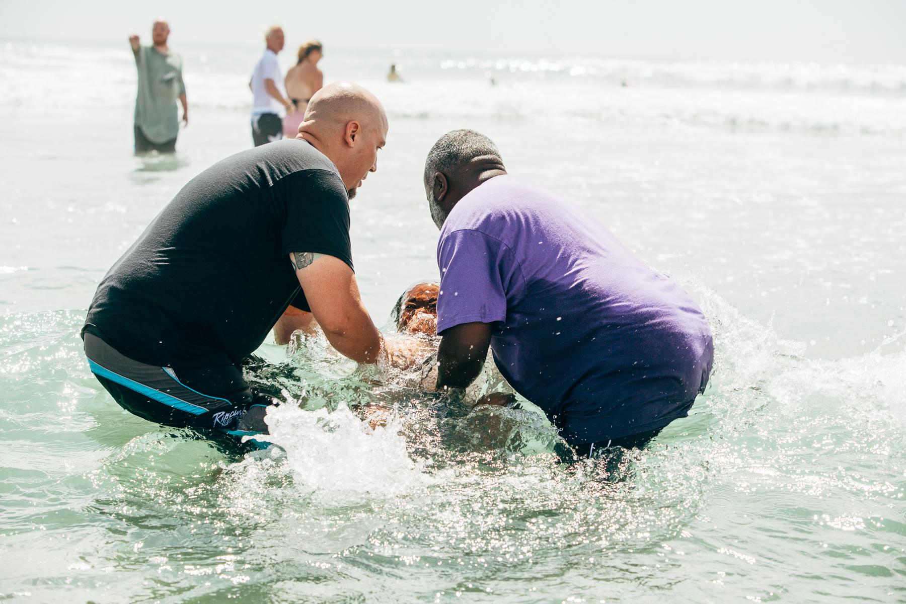 Beach_Baptism_2015_31.jpg