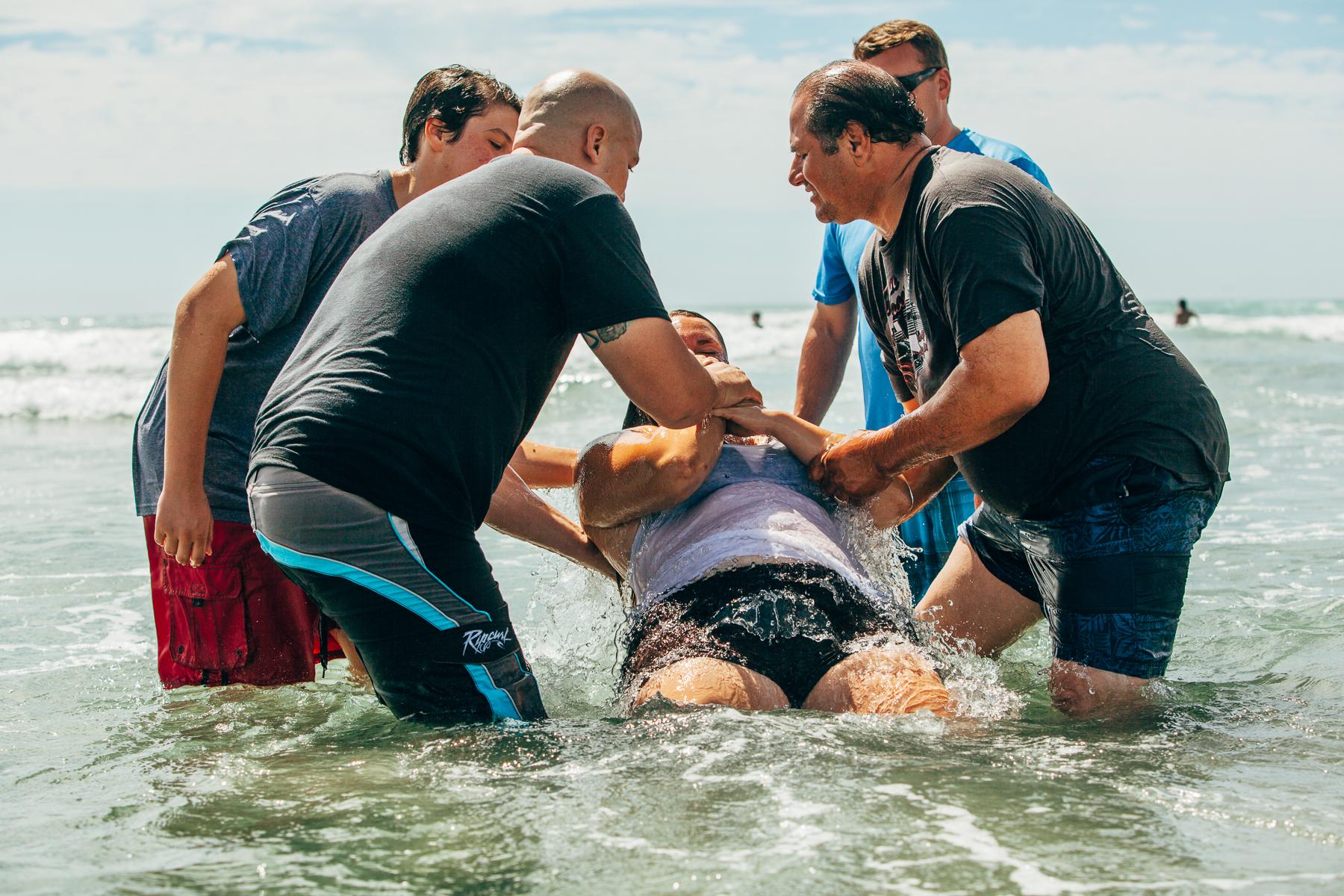 Beach_Baptism_2015_57.jpg