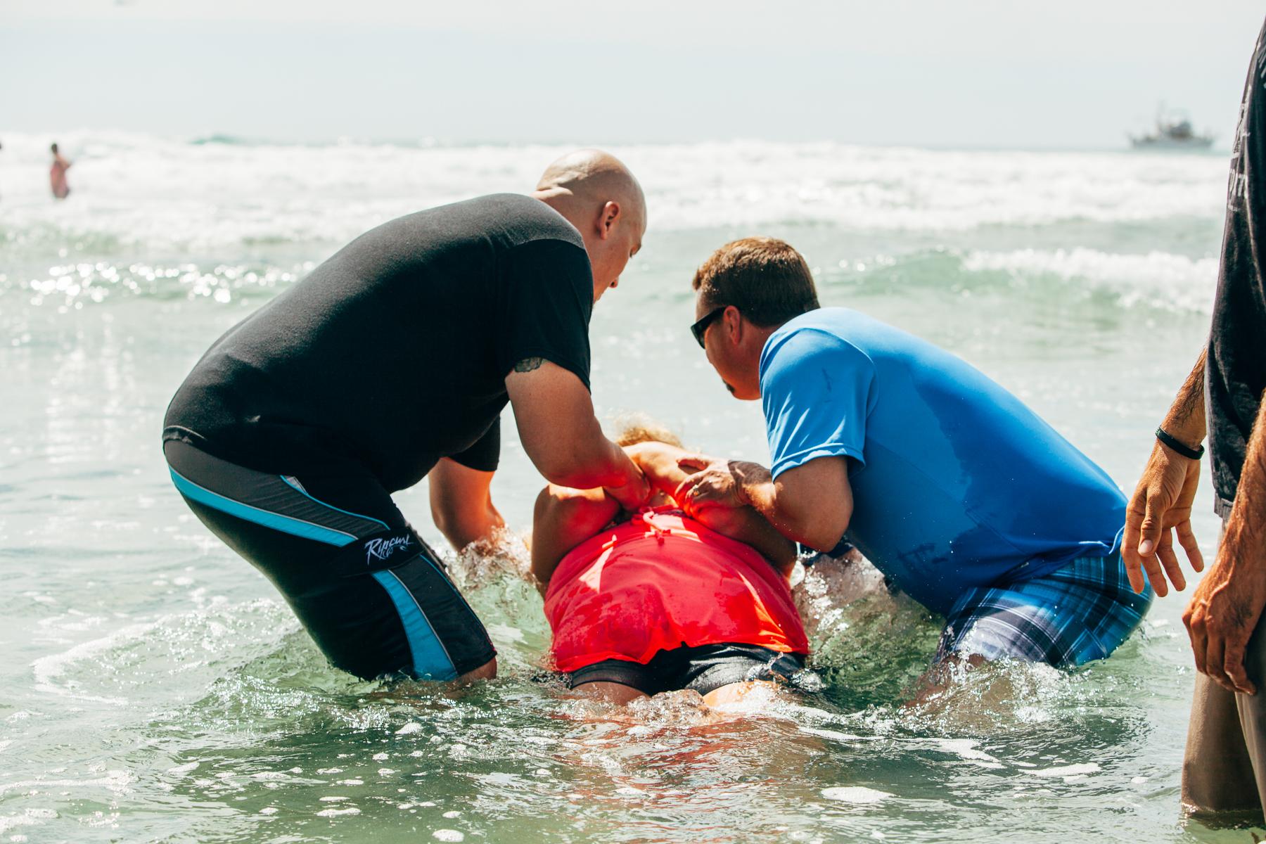 Beach_Baptism_2015_71.jpg