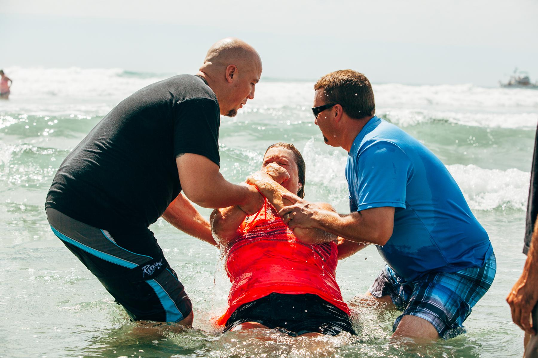 Beach_Baptism_2015_72.jpg