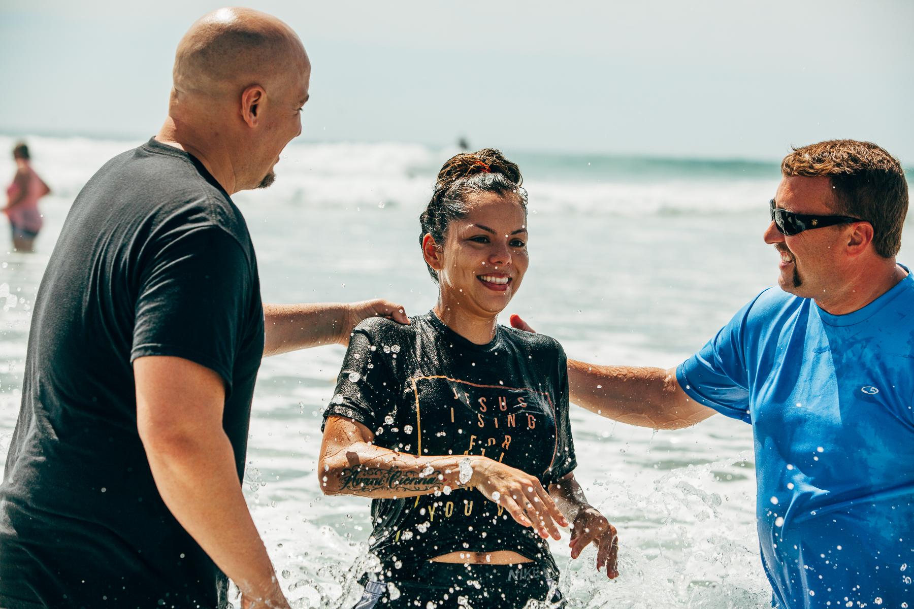 Beach_Baptism_2015_87.jpg