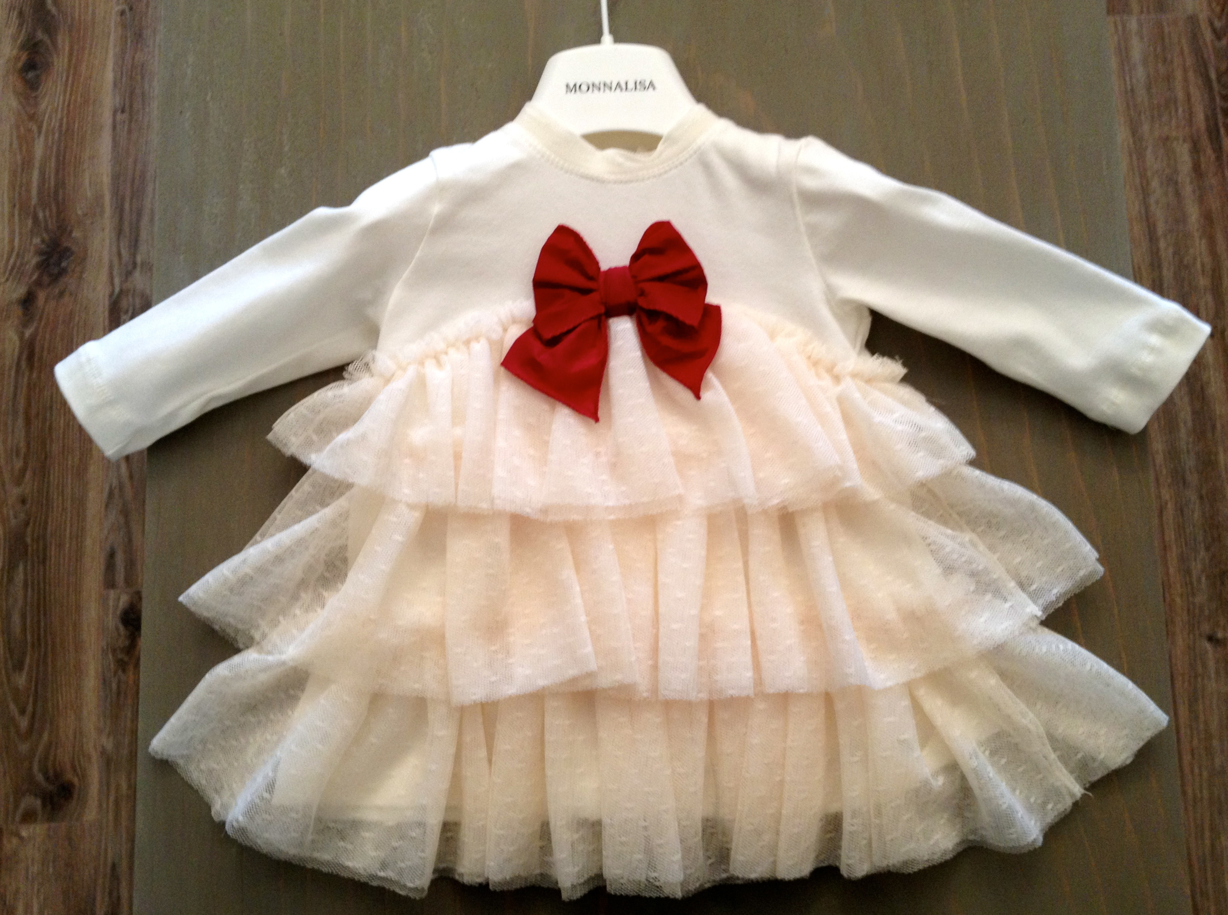 Available sizes: 6M 12M 18M