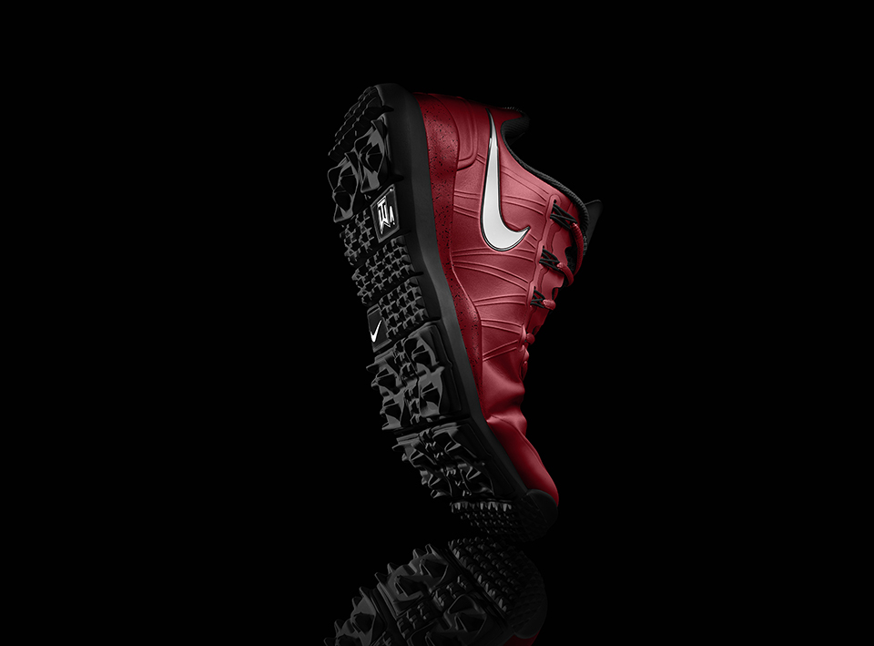 SU13_NIKEiD_TW14_golf_wtrprf_flex_Red_1920.jpg