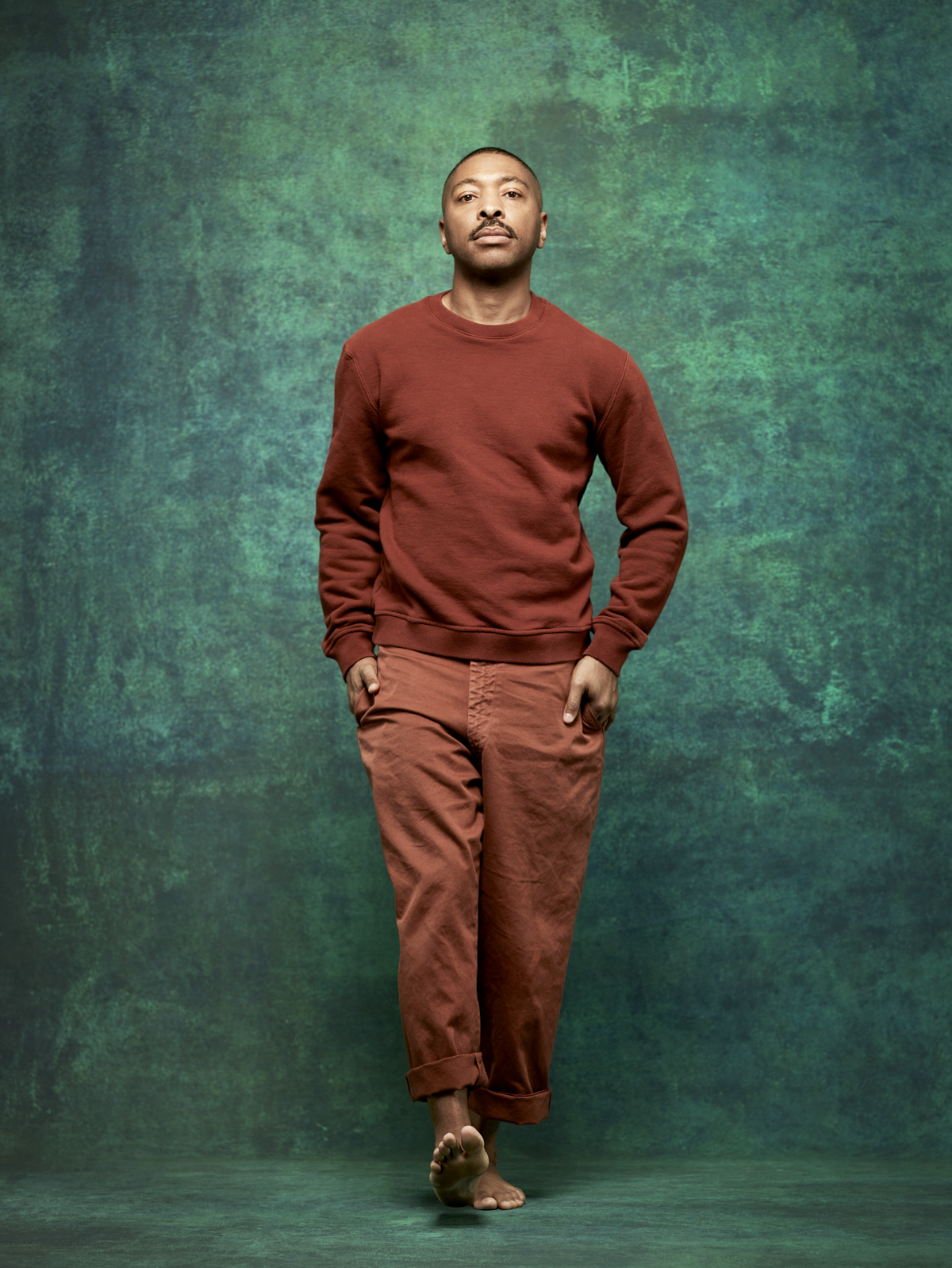13_Kyle-Brown-Pants-Brown-Sweater_0803.png