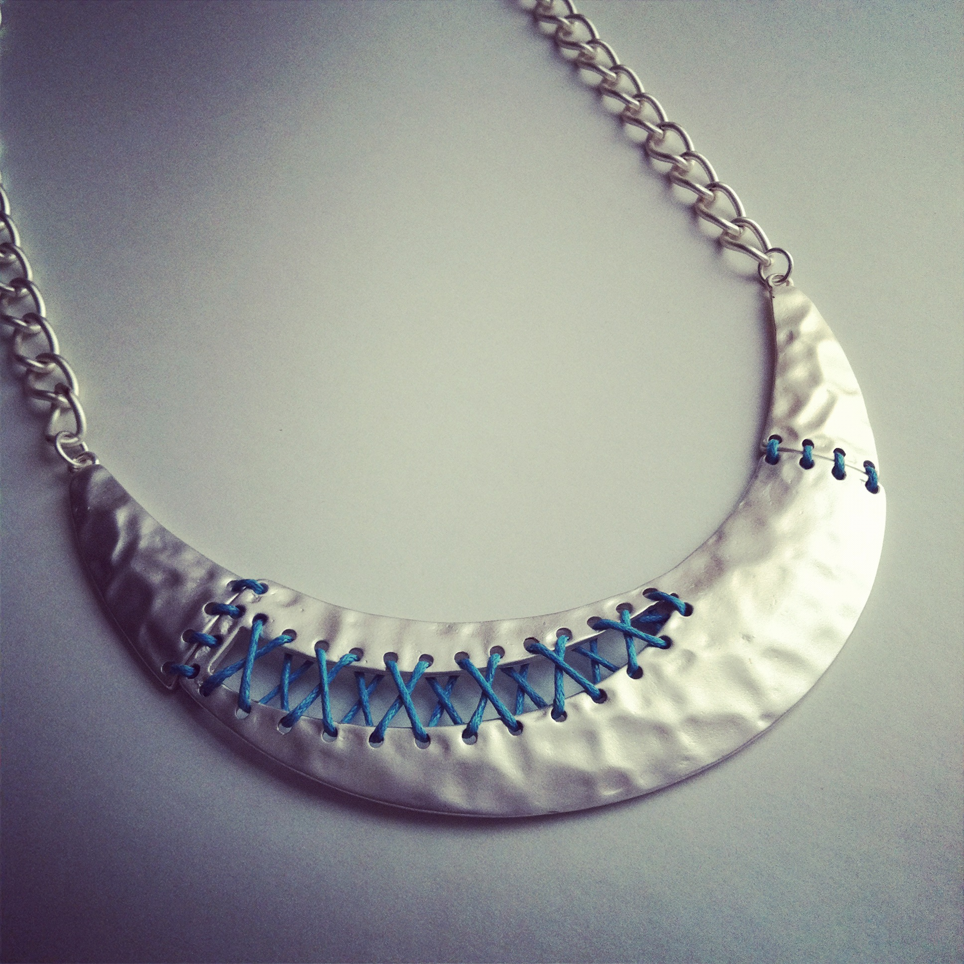 Metal Collar Plate Necklace