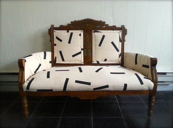 settee black and white.jpg