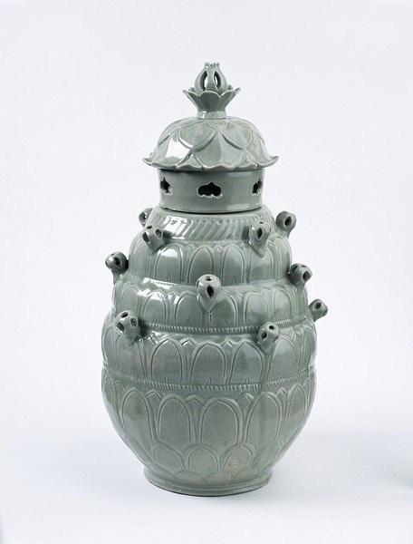 celadon jar.jpg