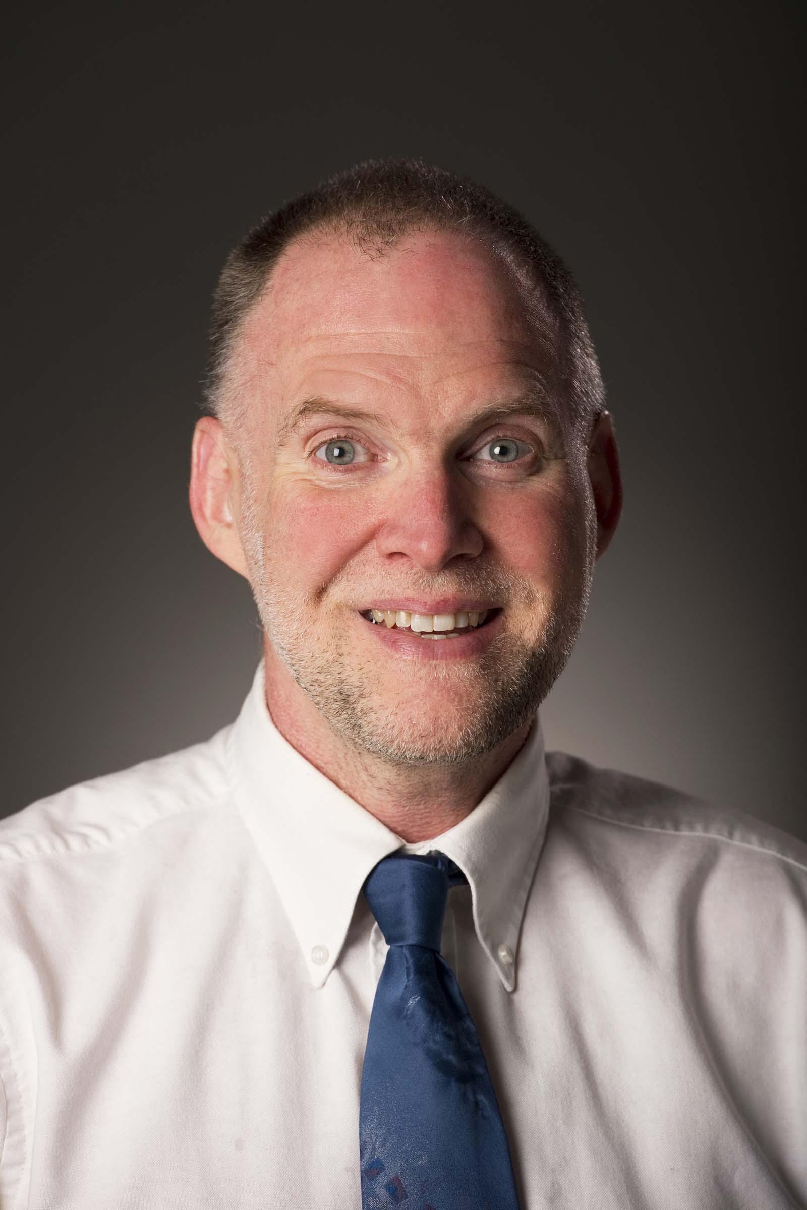 Dr. Craig Keener