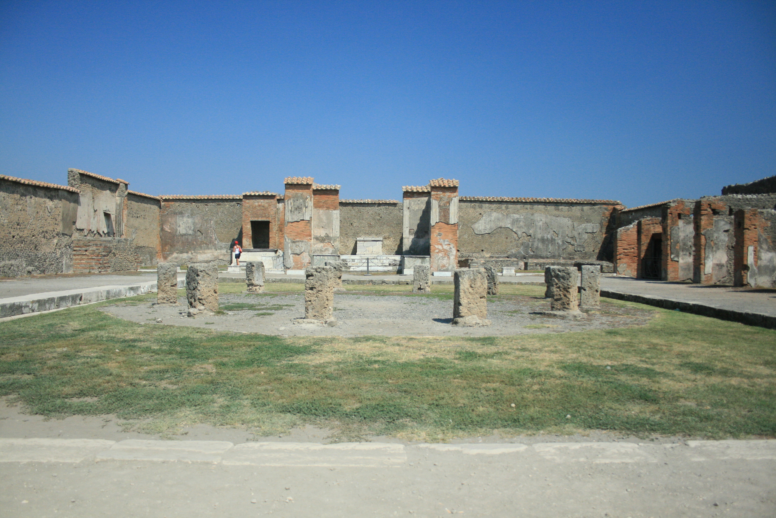 The Macellum at Pompeii - the city's main market