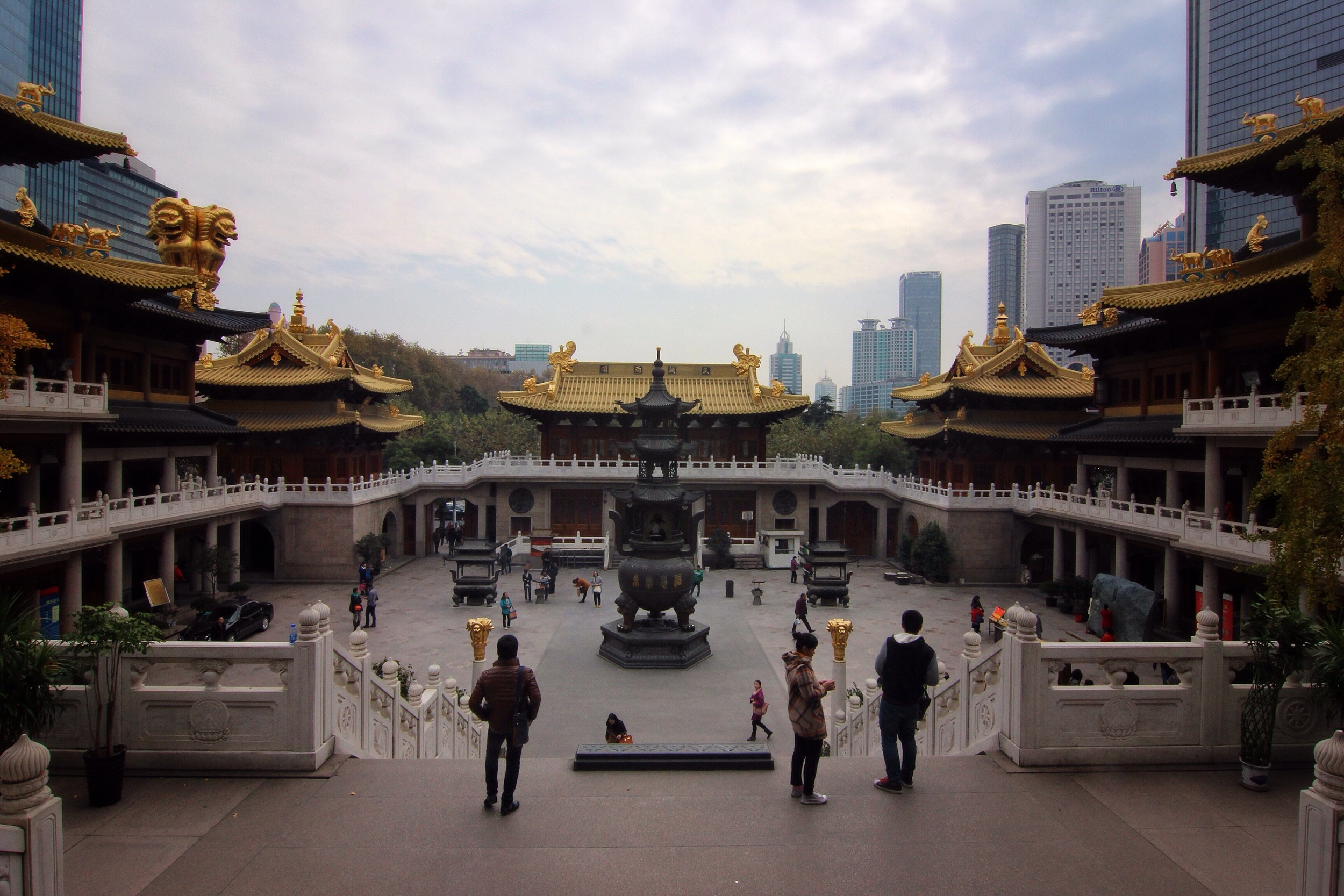 Jing'an Temple.