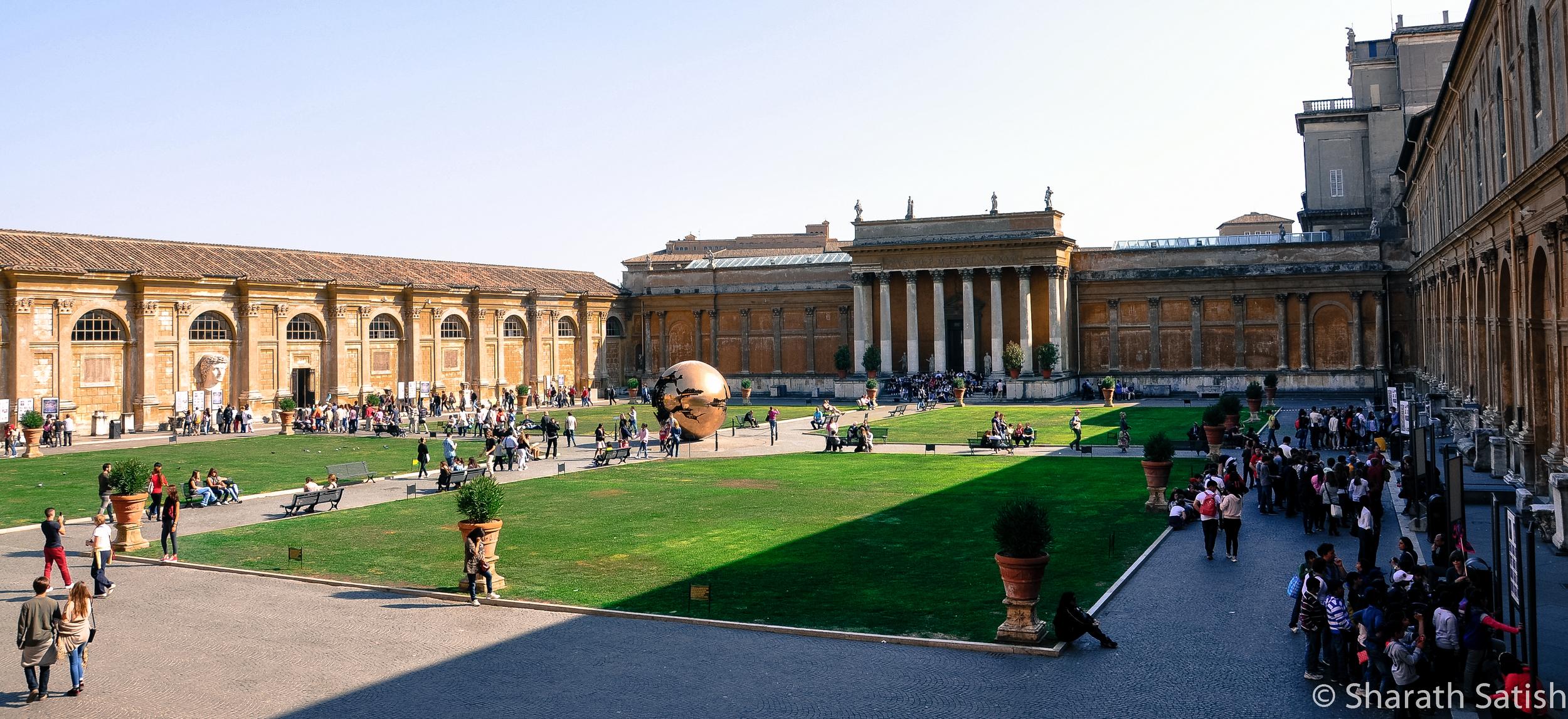 Cortile del Belvedere - Lower Courtyard Musei Vaticani
