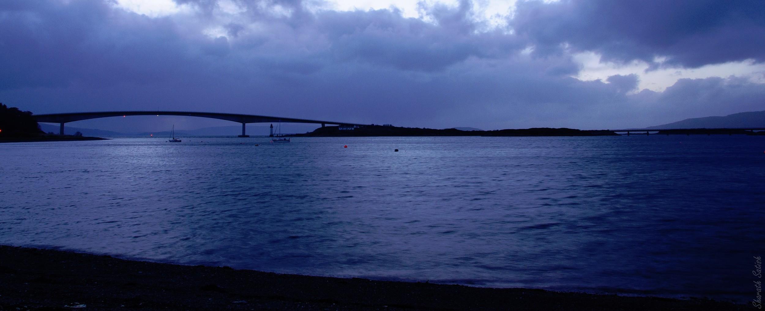 A bridge to the Winged Isle