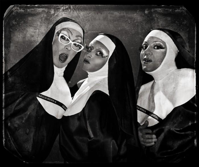 1-27734-12_PX3_Gospel-sisters.jpeg