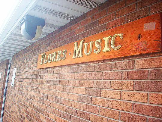 3. floresmusice_jan17.jpg