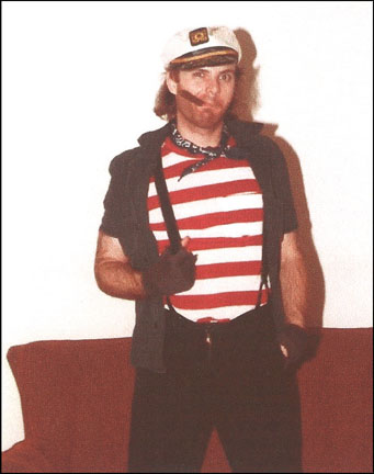 Steve Jones, bass player for Ready Steady Go from 1989 to 1991.