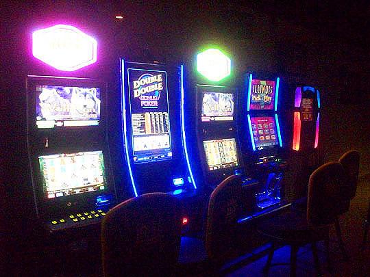 5. pokermachines_jan22.jpg