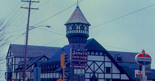 Jumer's Castle Lodge before...